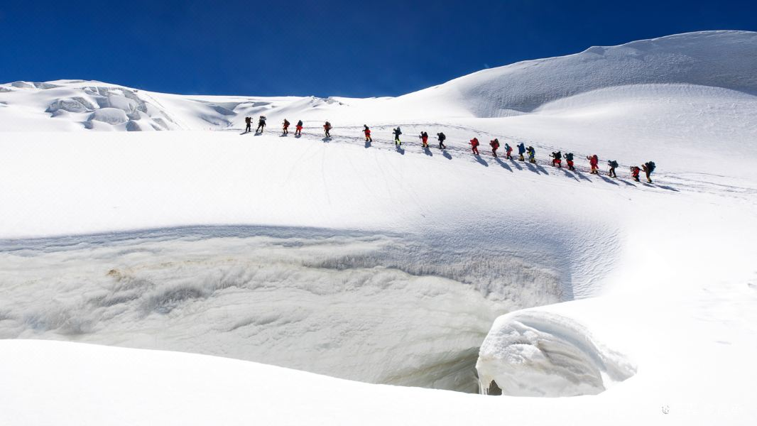 慕士塔格峰旅游景点图片