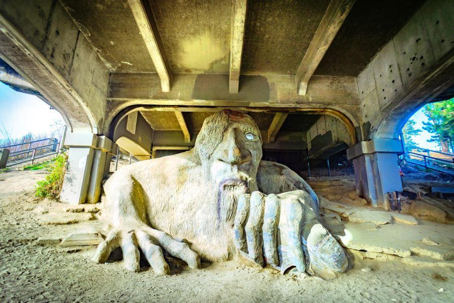 费蒙巨人旅游景点图片