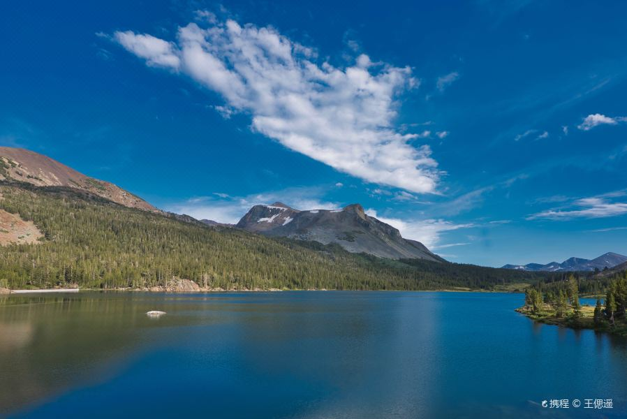 镜子湖旅游景点图片