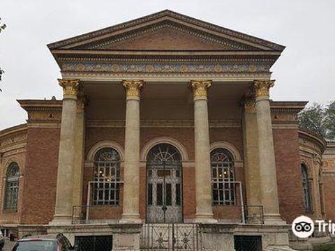 Palace of Exhibitions (Mucsarnok)(Mucsarnok)