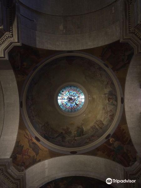 Cure de Notre Dame de Bon Port旅游景点图片