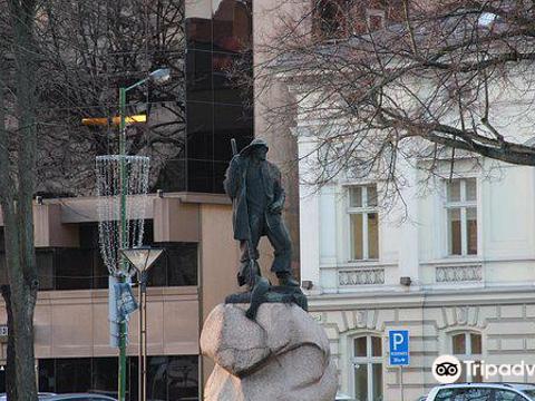 Monument To Fisherman旅游景点图片