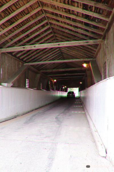 West Montrose Covered Bridge (Kissing Bridge)旅游景点图片