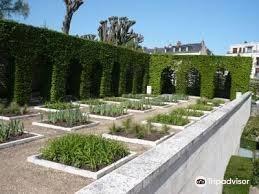 王室药草花园旅游景点图片