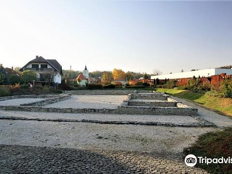 Roman Ruin Garden旅游景点图片