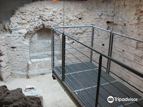 Early Christian Mausoleum旅游景点图片