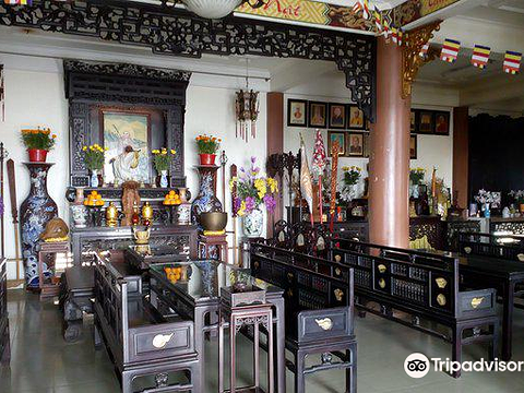 Phat Hoc Pagoda旅游景点图片