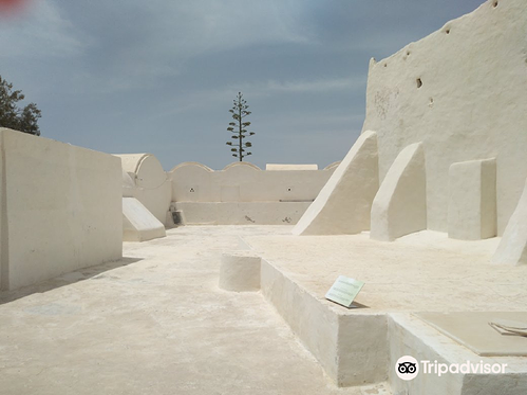 Jama Fadloud (Mosque)旅游景点图片