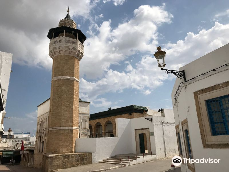 Mosque of Yousef Dey旅游景点图片