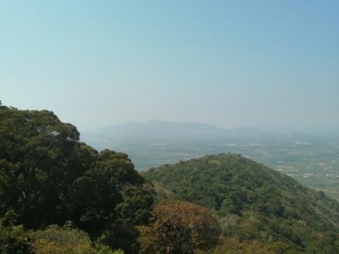 Khu du lich Ta Cu旅游景点图片