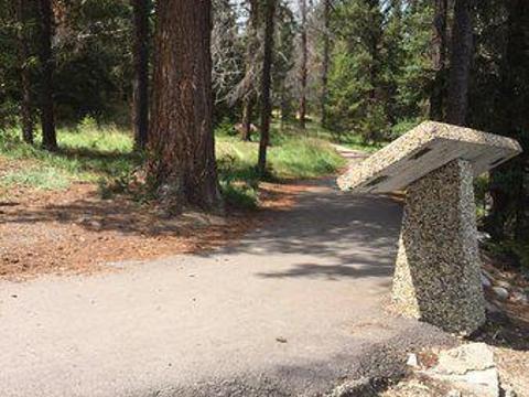 Annette Lake旅游景点图片