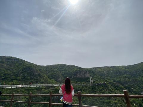 青铜山大峡谷旅游景点图片